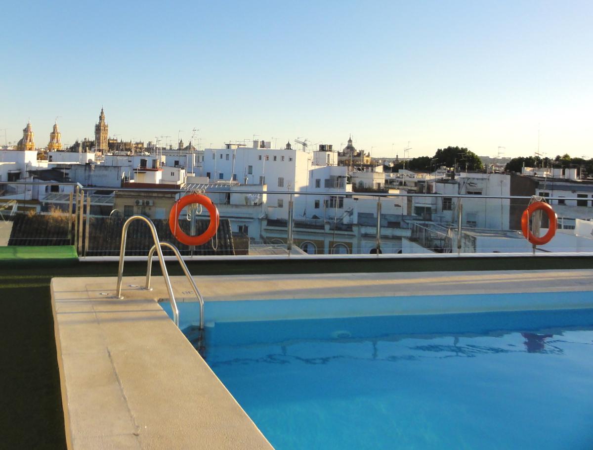 Hotel de charme avec piscine a seville - Seville hotel piscine ...